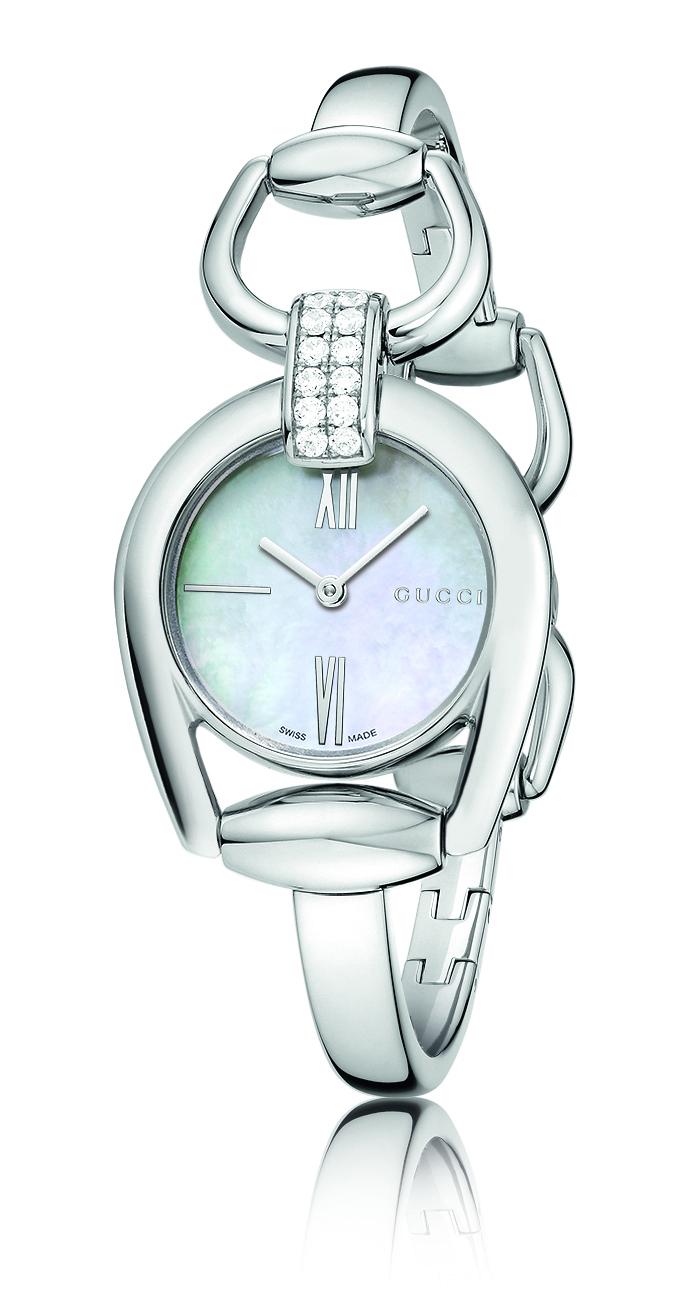 Gucci - Reloj HORSEBIT acero con 12 brillantes y esfera nácar